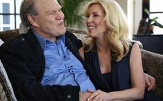 Glen Campbell's wife talks about caring for an Alzheimer's patient