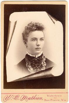 +~+~ Antique Photograph ~+~+    Memorial Cabinet Card of beautiful Woman. Watertown, Wisconsin.
