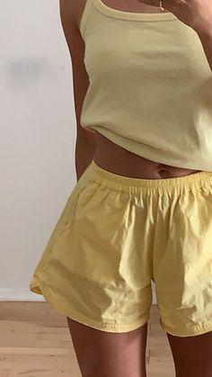 "loki's gf on Twitter: ""yellow sunday… "" Mode Outfits, Casual Outfits, Fashion Outfits, Chill Outfits, Pink Outfits, Simple Outfits, Fashion Pants, Fashion Tips, Ropa Color Pastel"