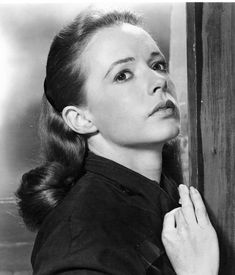 Piper Laurie height