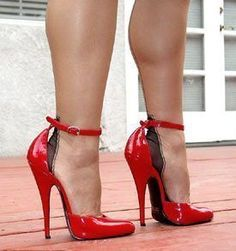 a woman with these shoes would drive me crazy #highheelscrazy
