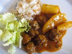 Tyrkiske kjøttboller med ris og poteter.