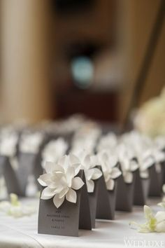 An Accent Can Make A Huge Impact 15 Table Card Ideas For Every Bride