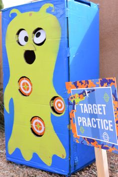 Nerf gun target alien practice with spinning targets