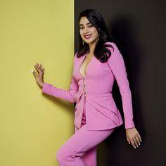 Janhvi Kapoor Rocks A Pink Button Down Pant Suit Like A Boss At Grazia Millennial Awards 2019 - HungryBoo Top Celebrities, Indian Celebrities, Celebs, Beautiful Bollywood Actress, Most Beautiful Indian Actress, Bollywood Girls, Bollywood Fashion, Hot Actresses, Indian Actresses
