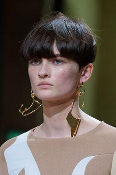 Esteban Cortazar | Spring 2017 Details: Hair and sculptural earrings.