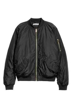 Lightly padded, slightly longer bomber jacket in a generous fit. Zip at front, front pockets with flap, and sleeve pocket with zip. Long Bomber Jacket, Vest Jacket, Bomber Jackets, Outerwear Jackets, Military Jackets, Pink Jacket, Stranger Things Halloween Costume, Camouflage Coat, Women's Jackets