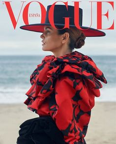 Magazine photos featuring Cindy Crawford on the cover. Cindy Crawford magazine cover photos, back issues and newstand editions. Vogue Covers, Vogue Magazine Covers, Cindy Crawford, Vintage Vogue, Sebastian Faena, Vogue Photography, Lifestyle Photography, Editorial Photography, Magazin Covers