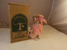 "Robin Woods 1990 Elizabeth Ann With Her Doll & Stand Tag Original Box 9""…"