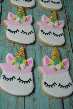 Cake nature fast and easy - Clean Eating Snacks Unicorn Cookies, Unicorn Cupcakes, Unicorn Birthday Parties, Unicorn Party, Birthday Ideas, Recipe For Teens, Unicorn Baby Shower, Baking Tins, Cake Mold