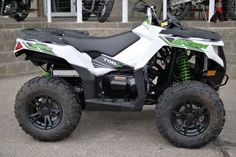 New 2016 Arctic Cat Alterra 700 XT ATVs For Sale in Washington. 2016 Arctic Cat Alterra 700 XT, Save $ on this great 700cc with power steering. 2016 Arctic Cat® Alterra 700 XT Features May Include: 700 H1 4-Stroke Engine with EFI The 700 H1 is a 695cc, liquid-cooled single cylinder with EFI. Excellent throttle response provides smooth and consistent acceleration. Ride-In Suspension Double A-arms optimize wheel motion translating into more responsive steering and better cornering. With 11…