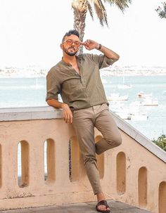 Summer Wear, Summer Outfits, Casual Outfits, Male Fashion Trends, Men's Fashion, Khaki Pants Outfit, Facial Hair Growth, Mens Flip Flops, Male Feet