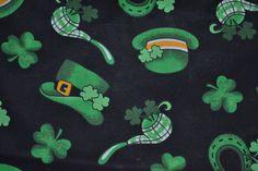 Du vintage 3 yards tissu 90 s Shamrock bonne chance St. Patrick, lutin, trèfle irlandais esprit, noir, vert jaune blanc. Industries de printemps