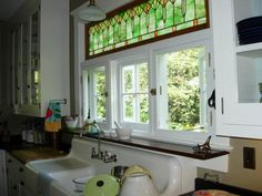 Farmhouse sink window stained glass 44 ideas for 2019 Leaded Glass Windows, Transom Windows, Stained Glass Panels, Antique Stained Glass Windows, Stained Glass Cabinets, Windows 20, Square Windows, Window Over Sink, Window Ledge