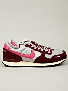 Nike Men's Air Vortex Vintage Sneaker in silver / burgundy at oki-ni