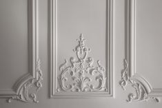 Flur Design, Wall Design, Wall Molding, Moldings, Home Room Design, House Design, Ornament Drawing, Houses In France, Wood Carving Designs