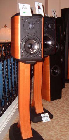 Opera Loudspeaker