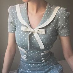 Late mint sailor dress 🕊 Looks like what every repro dress is based on, but it's the real deal 🌟 . Late mint sailor dress 🕊 Looks like what every repro dress is based on, but it's the real deal 🌟 . Pretty Outfits, Pretty Dresses, Beautiful Outfits, Cute Outfits, Retro Mode, Vintage Mode, Vintage Style, 1940s Style, Retro Vintage