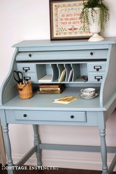 Home Office Furniture: Choosing The Right Computer Desk Refurbished Furniture, Paint Furniture, Upcycled Furniture, Shabby Chic Furniture, Furniture Projects, Country Furniture, Desk Makeover, Furniture Makeover, Yanko Design