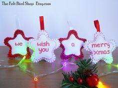 Decorazioni natalize in feltro e a punto croce. di TheFeltBirdShop