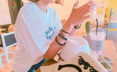 カラー配色ロングブレスレット  - [Daily about:デイリーアバウト]韓国人気レディースファッション通販! お手ごろなオリジナルアイテムが盛りたくさん!!