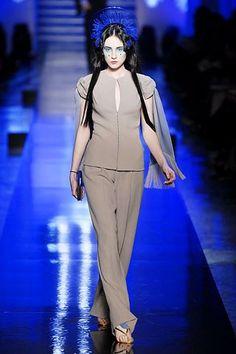 Jean Paul Gaultier Spring 2007 Couture Fashion Show - Kiera Gormley