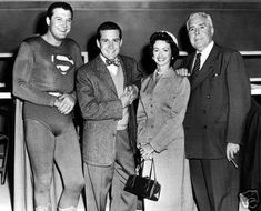 Actor George Hamilton (right), was born today in He played Perry White on TV's Superman. L-R George Reeves, Jack Larson, Noel Neill and birthday star John Hamilton Supergirl Superman, Superman Movies, Superman Stuff, Batman, Old Tv Shows, Best Tv Shows, Favorite Tv Shows, George Reeves, Adventures Of Superman