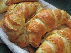 Ragged crescent, or homemade croissants Hungarian Cuisine, Hungarian Recipes, Bread Recipes, Baking Recipes, Cake Recipes, Homemade Croissants, Salty Foods, Protein Foods, Winter Food