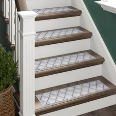 Carpet Runners And Stair Treads Key: 8060884692 Carpet Staircase, Carpet Stair Treads, Stairs With Carpet Runner, Hall Carpet, Beige Carpet, Diy Carpet, Carpet Ideas, Modern Carpet, Carpet Trends