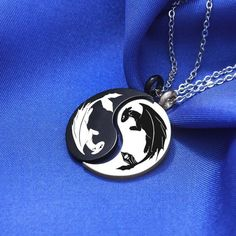 This Yin Yang Night Fury & Light Fury Necklace How to Train Your is just one of the custom, handmade pieces you'll find in our pendants shops. Bff Necklaces, Couple Necklaces, How To Train Dragon, How To Train Your, Yin Yang, Dragon Jewelry, Dragon Trainer, Chinese Symbols, Night Fury