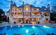 My dream house. Actually I love quite a few of them on this page, but this one specifically is my favorite. Like literally my dream house blueprint. Future House, My House, Castle House, Grand House, Beautiful Homes, Beautiful Places, Big Beautiful Houses, Beautiful Dream, Amazing Places