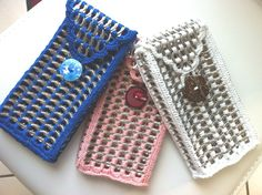 Étui , pochette fait main en capsules de canette et coton : Etuis portables par miluphine