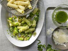 Sieht gesund aus - ist es auch! Bohnen-Pasta - mit Rucola - smarter - Kalorien: 560 Kcal - Zeit: 40 Min. | eatsmarter.de