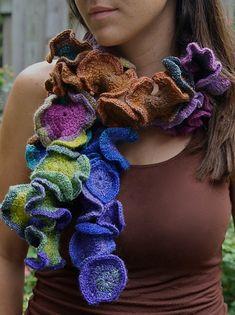 Ravelry: Fleur de Laine Crocheted Scarf pattern by Denise Kovnat  Free Pattern..Beautiful!!