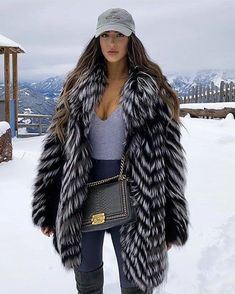 Casual Winter Outfits, Winter Fashion Outfits, New Outfits, Autumn Winter Fashion, Cute Outfits, Fabulous Furs, Fur Fashion, Costume, Trending Outfits