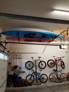 Are you somebody that has a messing garage that is not prepared. Below are 42 garage storage ideas that will absolutely aid you arrange your garage like a champ. Kayaks, Kayak Storage Rack, Bicycle Storage, Kayak Garage Storage, Kayak Rack For Garage, Bike And Kayak Storage, Garage Organization Bikes, Outdoor Bike Storage, Diy Bike Rack