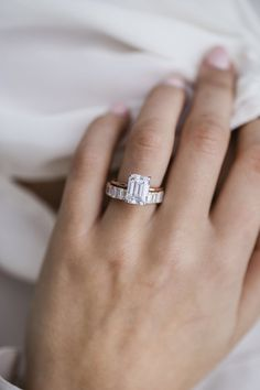 Easy Shopping Engagement Ring Inspiration: Compared - Realistic Products In Getting Pretty Engagement Rings - Wed By Stephanie Beautiful Engagement Rings, Engagement Ring Cuts, Solitaire Engagement, Modern Engagement Rings, Timeless Engagement Ring, Emerald Cut Diamonds, Pink Diamonds, Ring Verlobung, Wedding Ring Bands