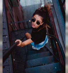Digital Photography Tips Tumblr Photography, Girl Photography Poses, Inspiration Mode, Photoshoot Inspiration, Picture Poses, Photo Poses, Urban Lifestyle, Lifestyle Fotografie, Insta Photo Ideas