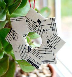 Koszorú alakú  origami karácsonyfadísz / Mindy -  kreatív ötletek és dekorációk minden napra