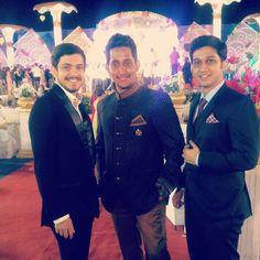 A 5 star wedding, a 5 star attire #HappyCustomer #CustomersFeedback #CustomerSatisfaction #CustomerExperience #CustomerService #Wedding #IndianWedding #Reception #WeddingBuddies #WeddingPictures #BestCollection #Suit #SuitUp #MensFashion #MensStyle #MensWear #SuitAndStyle #Classic #Gentlemen www.manavethnic.com