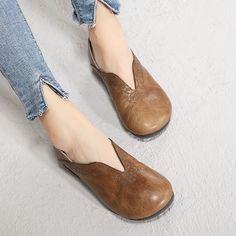 Artdiya D'origine Printemps Nouveau chaussures pour femmes Bout Rond Confortable Bas Talons Véritable semelle souple en cuir chaussures mères chaussures artisanales