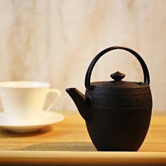 yamagataimono-teapot