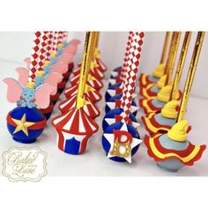 Step right up, folks! 😁 Dumbo Circus themed cake pops for Bryan's birthday party! Circus Theme Cakes, Carnival Cakes, Carnival Themed Party, Carnival Birthday Parties, Themed Cakes, First Birthday Parties, Birthday Party Themes, Circus Cake Pops, Circus Circus