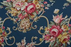 American Vintage 1940's  Floral Reproduction by FABRICDIVAUSA