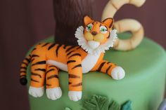 Tutorial for making a tiger and other jungle animals from modeling chocolate