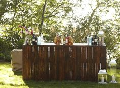 Bar at a rustic rehearsal dinner - Rustic Outdoor Bar, Wood Table Rustic, Outdoor Decor, Outdoor Bars, Wood Tables, Outdoor Living, Rustic Bars, Outdoor Pallet, Rustic Chic