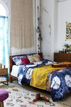 Wooden Platform Bed #urbanoutfitters