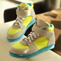 2012 new fluorescent colors in the fall flat-bottom sport shoes comfortable shoes nubuck leather Velcro shoes package mail