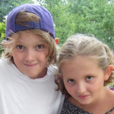 Alexander & Michaela have been abducted by their mother, Have you seen them ? | Ann-Mari's Blogg