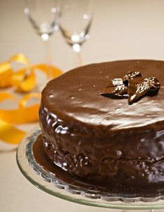 SACHER-TORTE Greek Sweets, Greek Desserts, Party Desserts, Greek Recipes, Cookbook Recipes, Cake Recipes, Cooking Recipes, Xmas Food, Christmas Sweets
